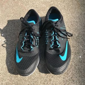 Nike Fitsole black and blue running shoes